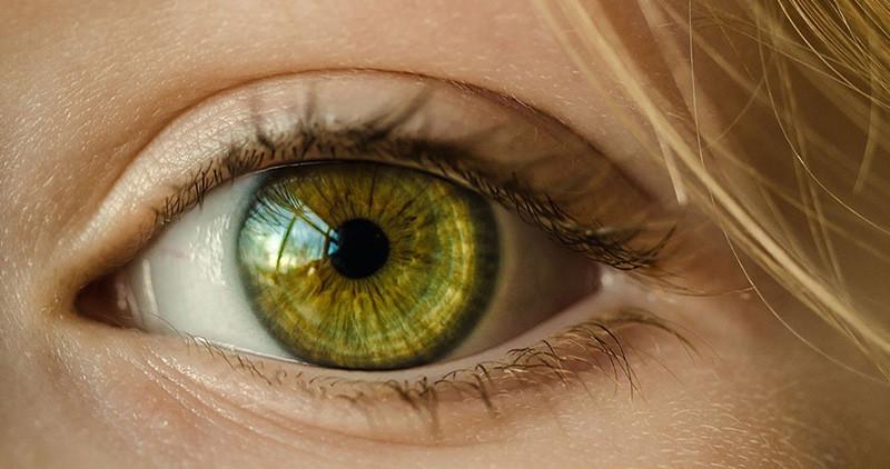 """Kako naći olakšanje kod suvih očiju?: """"Suve oči"""" spadaju u jedno od najčešćih oboljenja u oblasti očne medicine"""